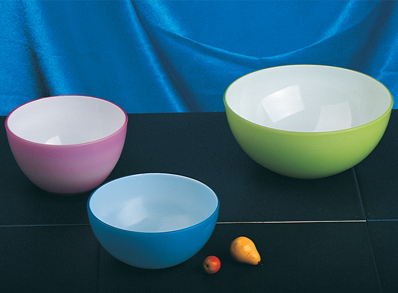 DOUBLE-WALL PLASTIC SALAD BOWL